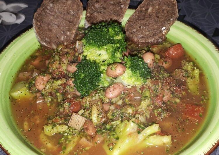 zuppa broccoli e borlotti