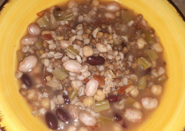 zuppa orzo e legumi