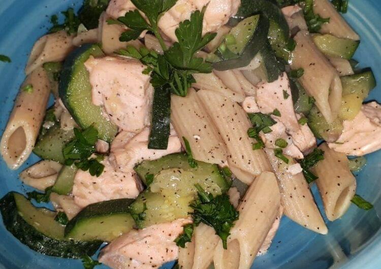 pennette zucchine e salmone